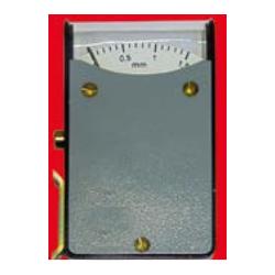 Przyrząd do pomiaru rozwarcia pił trakowych