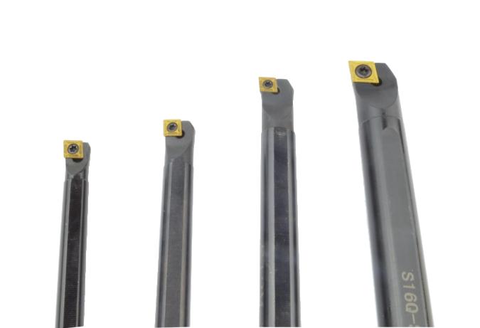 Zestaw 4 noży tokarskich składanych 8-16MM